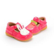 Red Girl Baby Shoes Calçado de coelho de cenoura T Strap