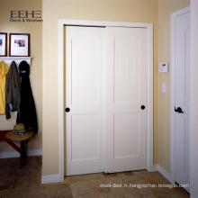 Les dessins de porte coulissante en bois de placage de villa utilisent la porte extérieure en bois plein