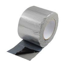 Bitumenabdichtendes Membranband zur Reparatur von Asphaltrissen