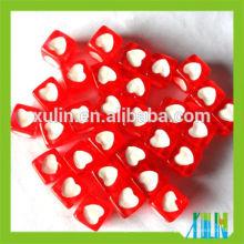bracelets raccord acrylique cube similaire lettre perles rouge avec des perles coeur blanc