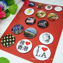 Kundenförderung Soem-Entwurfs-Pin-Abzeichen / runder Knopf-Metallabzeichen-Satz
