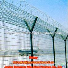 Alto fortalecer y seguridad Y tipo post defensa aeropuerto cerca
