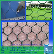 Un treillis métallique hexagonal revêtu de PVC ping (alibaba china)
