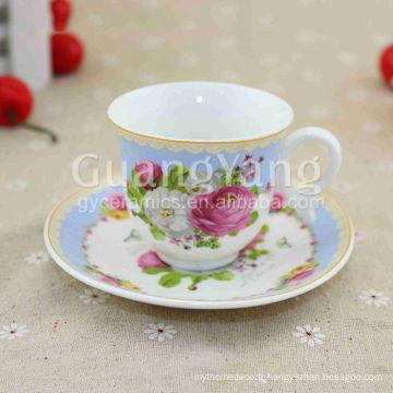 China New Bone Chine en céramique en porcelaine coupe de café et soucoupe