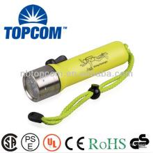 Antorcha de buceo LED profesional IP68 de control magnético TP-50