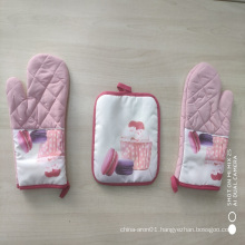 good quality beautiful printed European style polyester material oven gloves for kitchen cooking