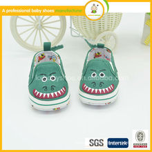 Hottest fashionable shoes infants and soft canvas baby shoes 2015
