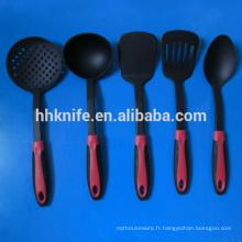 5 outils de cuisine en nylon