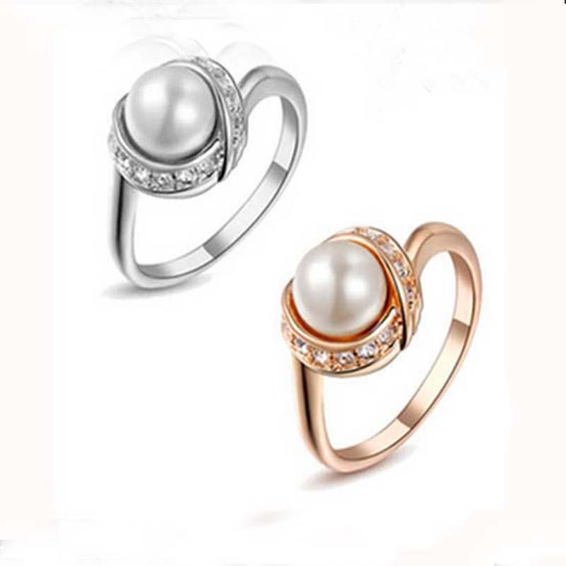 Engagement Pearl Rings