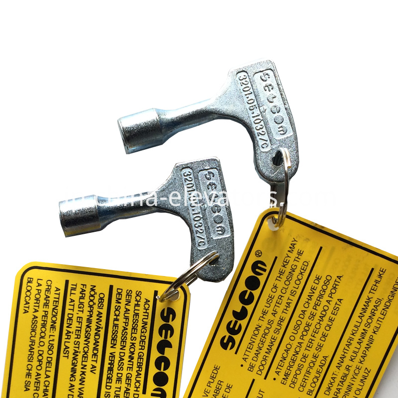 Triangular Key for Selcom Landing Doors 3201.05.1032/C