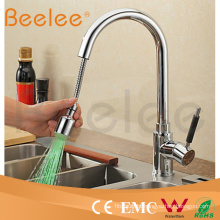 Color Changing LED Single Handle Kitchen Sink Faucet with Pull out Spray