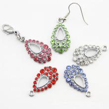 Beautiful Teardrop Rhinestone Earrings (E102)
