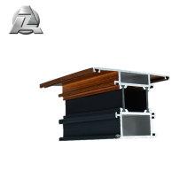 De nombreuses formes et tailles en aluminium se balancent vers l'intérieur bar pièce porte battante