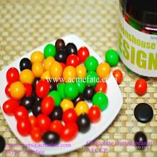 Popular lanche chocolate coberto amendoim doce
