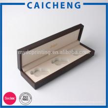 boîte-cadeau en bois de pin
