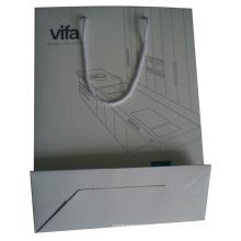 A cópia de alta qualidade personalizada recicl o saco de papel do presente da compra