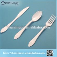 Barato branco descartável colher de plástico faca garfo com placa BPA livre talheres conjunto conjunto de louça