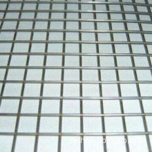 Welded Wire Mesh with Standard Diameter and Anti-corrosion Resistance, Made of Steel Wire