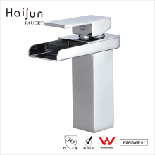 Haijun New Style 0.1~1.6MPa Square White Single Handle Basin Mixer Faucet