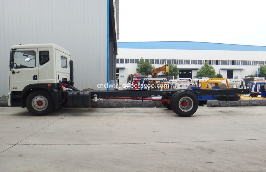 heavy duty recovery trucks chassis 2