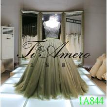 2016 Robe de mariée sur mesure perle de diamant perlant robe de bal en dentelle Robes perlées 1A844