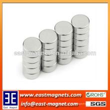 Ímã magnetized radial pequeno da forma do disco dos ímãs do ímã do neodímio N35-52 da alta qualidade para a venda quente