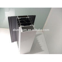 Profils en aluminium enrobés en poudre