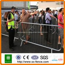 Сварной забор временный барьер дороги