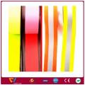 hola color vis reflexivo cinta elástica que brilla intensamente en la cinta de tela oscura
