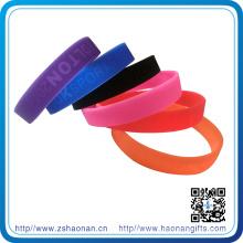 Bracelet en silicone a moulé le logo adapté aux besoins du client par logo adapté aux besoins du client