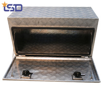 Puerta de acceso de alambre de hierro a prueba de polvo, caja de herramientas de aluminio primario del camión Puerta de acceso de alambre de hierro, caja de herramientas de camión de aluminio primario a prueba de polvo