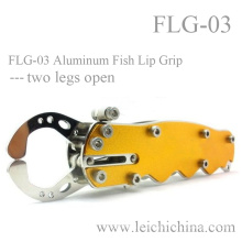 Aluminum Fish Lip Grip with Two Legs Open
