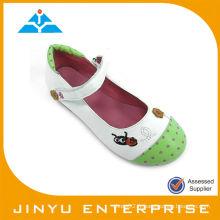 Chaussures pour enfants à pois
