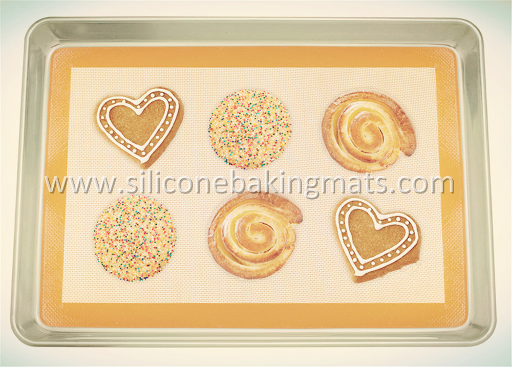 Half Sheet Baking Pan And Silicone Baking Mat
