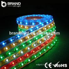 CE RoHS 30leds 5050 SMD 7.2W / M DC12V bande lumineuse LED multicolore rgb