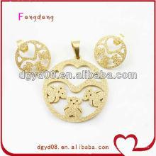 Conjunto de joyas de acero inoxidable de oso de arena dorada
