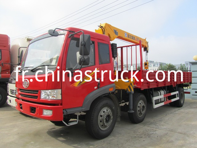 FAW flatbed truck with crane