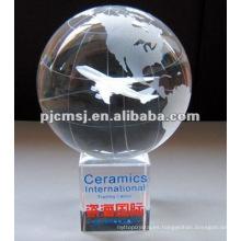 2015 Comercio al por mayor personalizada Laser Crystal World Globe grabado para Mapa Souvenirs y premios de protección del medio ambiente