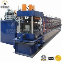 Máquina para fabricar láminas de techo de metal