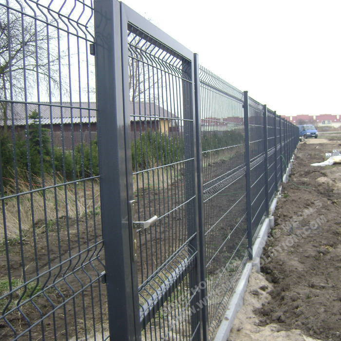 1530mm 3D Wire Mesh Fence Panel