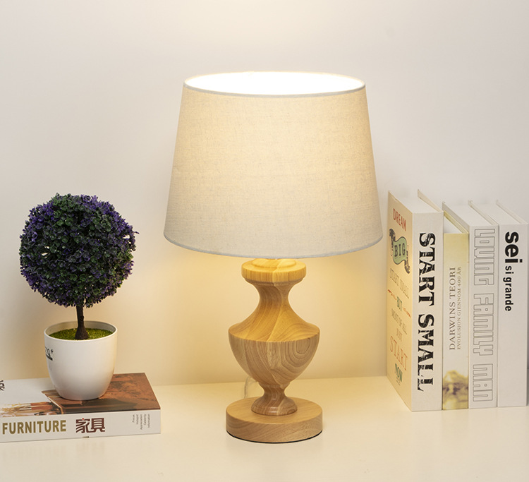 Applicantion Yellow Table Lamp