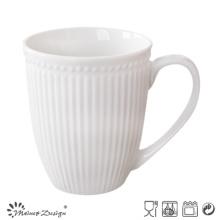 Tasse en céramique en forme de rayures et poinçons