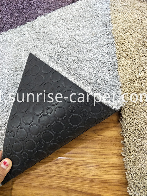 Shagy carpet tile in triangle shape
