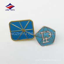 Concevez votre propre badge à épingle à papillon carré en émail dur