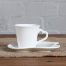 Sweet love shape cup and saucer