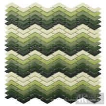 Зеленая смесь декоративных стеклянных мозаичных плиток для стен