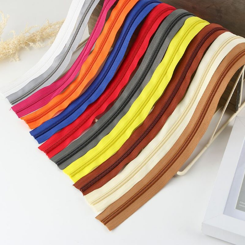 Multicolored heavy duty nylon zippers for sweater