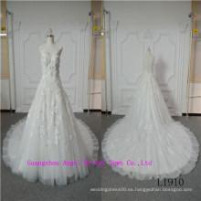 Elegante vestido de novia sin mangas de belleza
