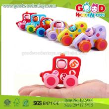 Los mini juguetes determinados de madera vendidos calientes del bebé, juguetes del coche del nuevo diseño del artículo, mini vehículos de madera fija