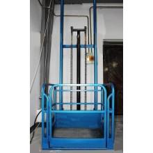 Rail type hydraulic lift elevator